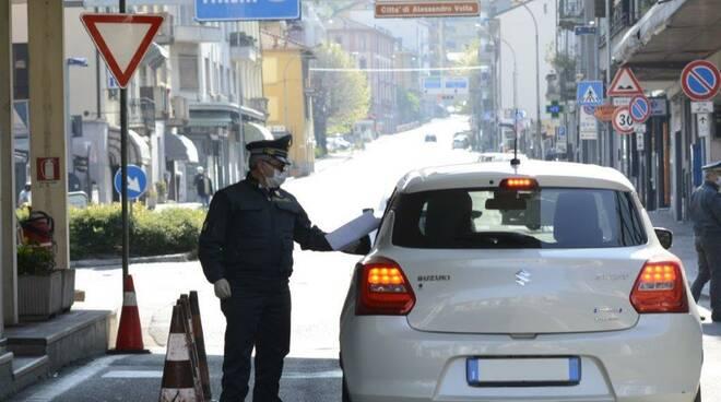 sequestro valuta finanzieri e funzionari dogana valico brogeda auto transito