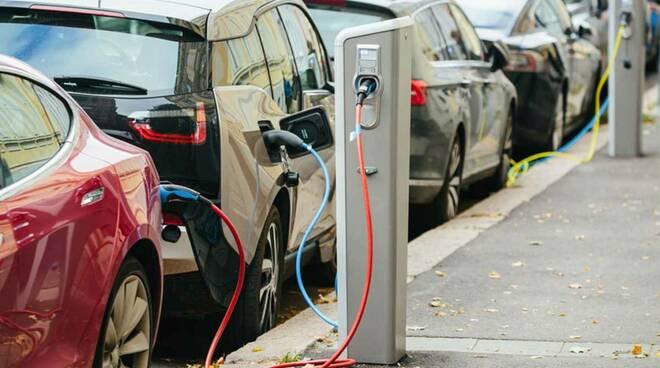 mobilità elettrica colonnine