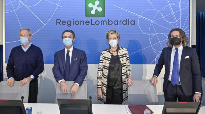 presentazione bertolaso consulente regione per piano vaccini con fontana e moratti