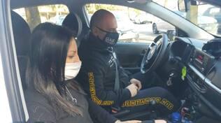 guida al buio como con pilota ed istruttore auto