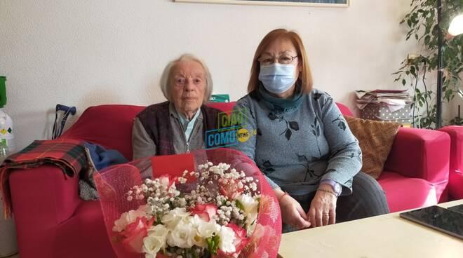 nicoletta vanini e sua figlia gabriella 100 anni nonnina di como