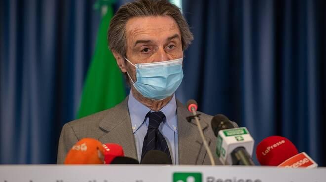 vaccini in azienda presentazione regione lombardia fontana e moratti