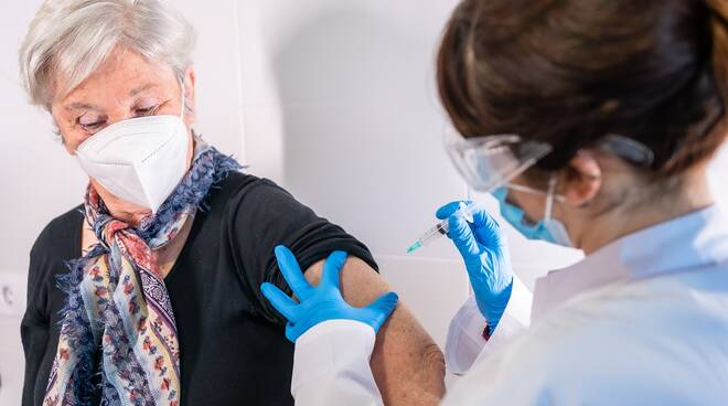 vaccini per over 80 regione
