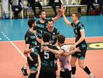 pool libertas cantù supera santa croce e va nei quarti di finale playoff volley maschile