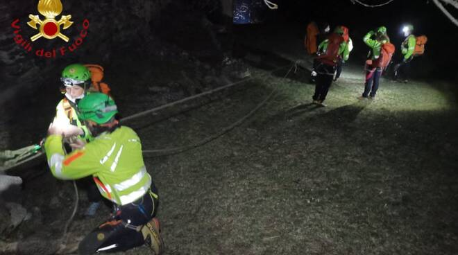 recupero corpo pensionato morto in baita a livo pompieri e soccorso alpino