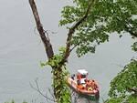 donna annegata nel lago a san siro auto fuori strada dopo uscita strada