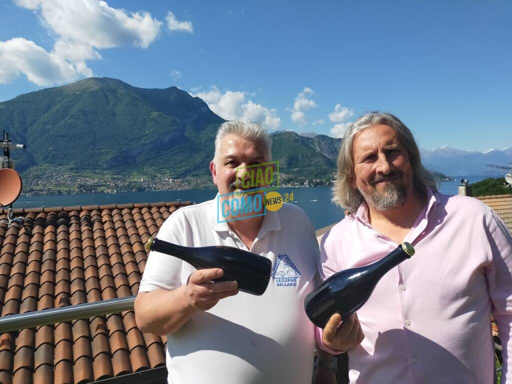 La scommessa di Mario e Luca: bottiglie di pinot nel lago per 12 mesi per bollicine più buone