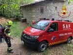 soccorso tavernerio donna fuori strada auto e bloccata nel bosco pompieri saf