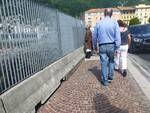 turisti a como dopo riapertura frontiere per covid spasso in città e su lungolago