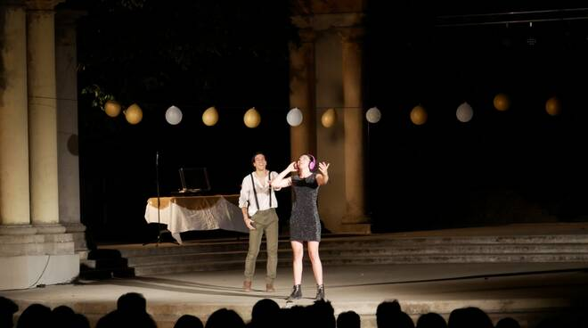 Romeo e Giulietta teatro Licinium Erba giardino delle ore festival ArtiGiano 2021