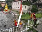 incidente aliante a menaggio, caduto nel lago e recupero dei pompieri