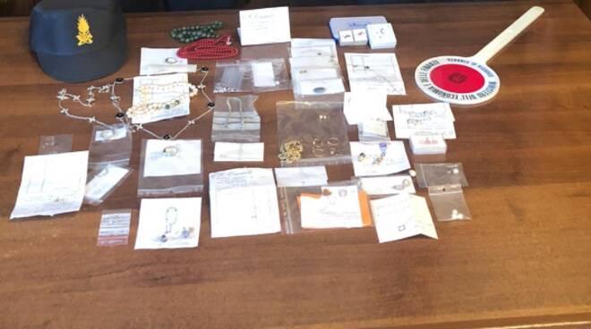 sequestro gioielli e preziosi dogana di maslianico guardia di finanza ponte chiasso