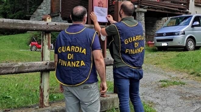 Sequestro beni Mozzate Guardia di Finanza
