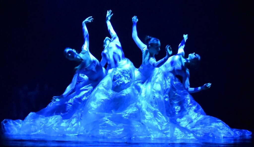 Boomerang gli Illusionisti della Danza di RBR Dance Company Illusionistheatre a Villa Olmo Festival