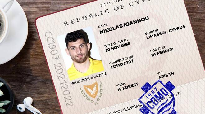 Nikolas Ioannou arriva al como in prestito dal Nottingham Forrest sua foto dal sito como