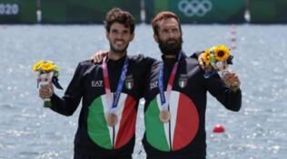 pietro willy ruta canottaggio medaglia di bronzo con Oppo olimpiadi di tokyo due senza