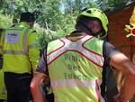 soccorso da pompieri e elicottero per infortunio alla gamba alpe del vicerè