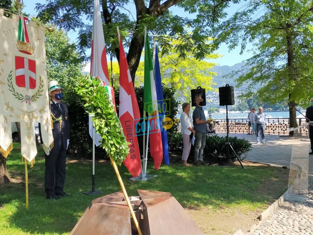 cerimonia giardini a lago como per ricordare bombardamento nucleare giappone