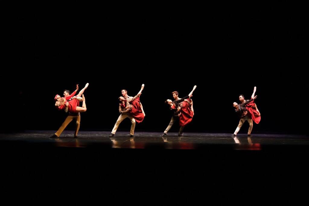 Balletto di Siena omaggia Fellini al Villa Olmo Festival