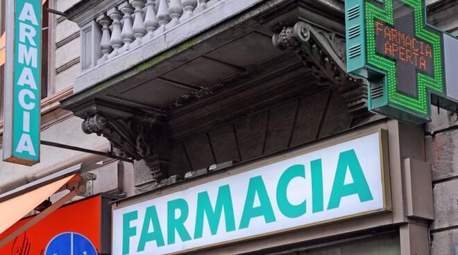 insegna generica della farmacia per tampone prezzo calmierato