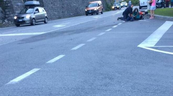 laglio soccorsi motociclista ferito sulla regina elicottero e soccorsi