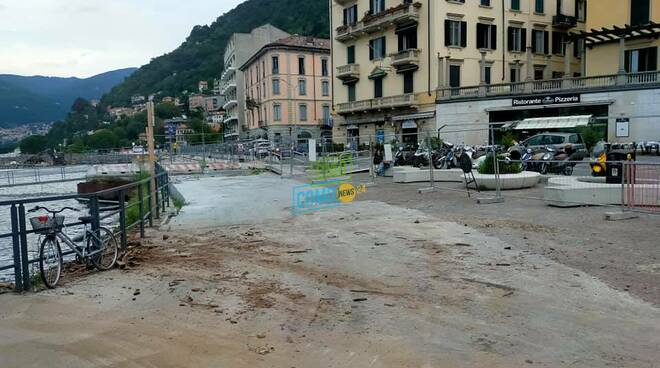 lago di como pulito zona di sant'agostino dopo detriti dei giorni scorsi