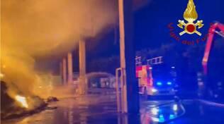 incendipo stasera azienda rifiuti di cermenate pompieri in posto