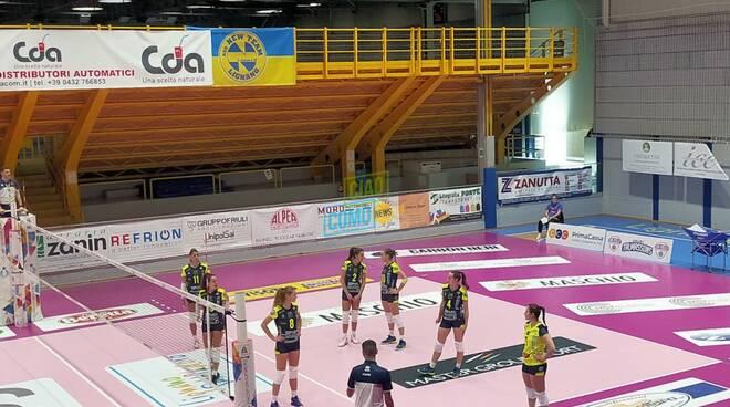 albesevolley a lignano contro capolista talmasson volley donne a2