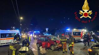 incidente cirimido scontro tra auto via toti