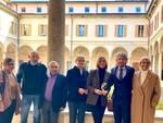 presentazione festival del legno a cantù con autorità comune cantù
