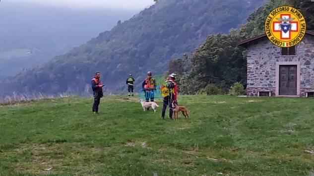 ricerche pensionato di erba disperso in valsassina pompieri soccorso alpino volontari elicottero