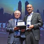 Casinò di Campione d'Italia serata Momenti di Sport, Stefano Gramagna premia Giancarlo Colombo terzo classificato al concorso fotografico