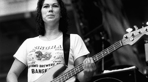 Pixies, bass Kim Deal